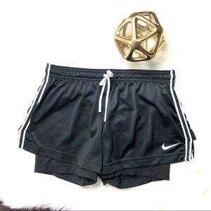 Nike Women's DRI-FIT Track Shorts Pants Size M